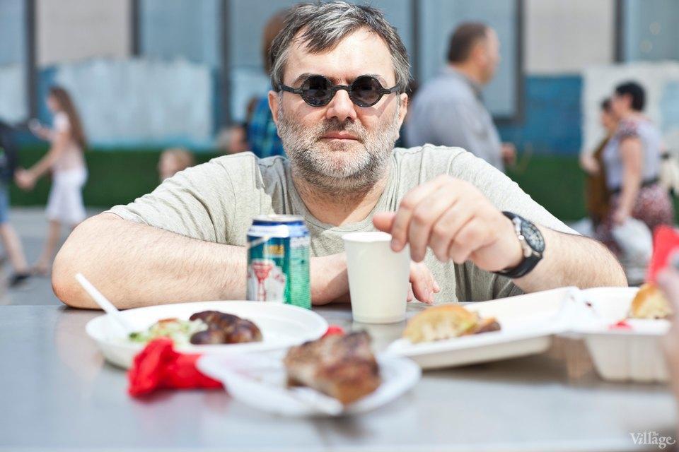 Между булок: 6 бургеров сфестиваля на Кузнецком Мосту. Изображение № 26.