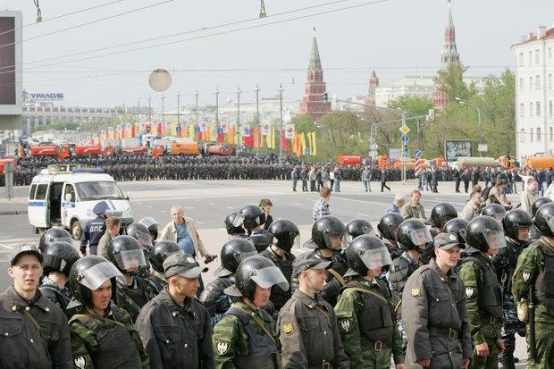 6 мая 2012 года, Москва. Фото: kojoku / Shutterstock.com. Изображение № 2.