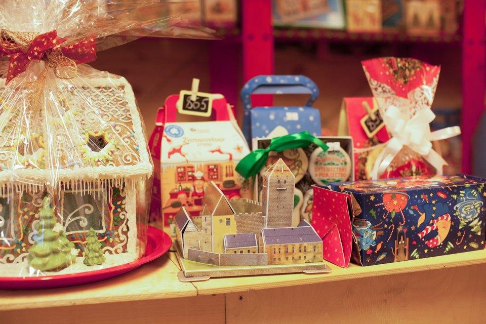 Торг уместен: Иностранцы инспектируют рождественские ярмарки Москвы. Изображение № 18.