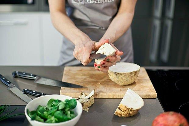Шеф дома: Ростбиф-салат и тыквенная каша Мириам Сехон. Изображение № 16.