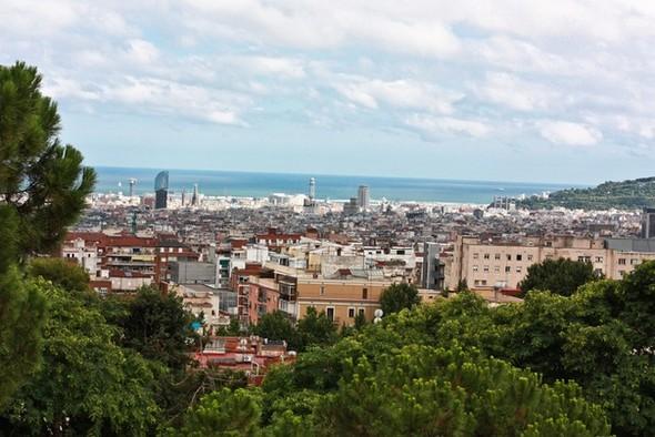 Вид на БАрселону из Парка Гуэль. Изображение № 1.