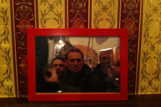 Оппозиция Петербурга открыла свой бар. Изображение № 3.