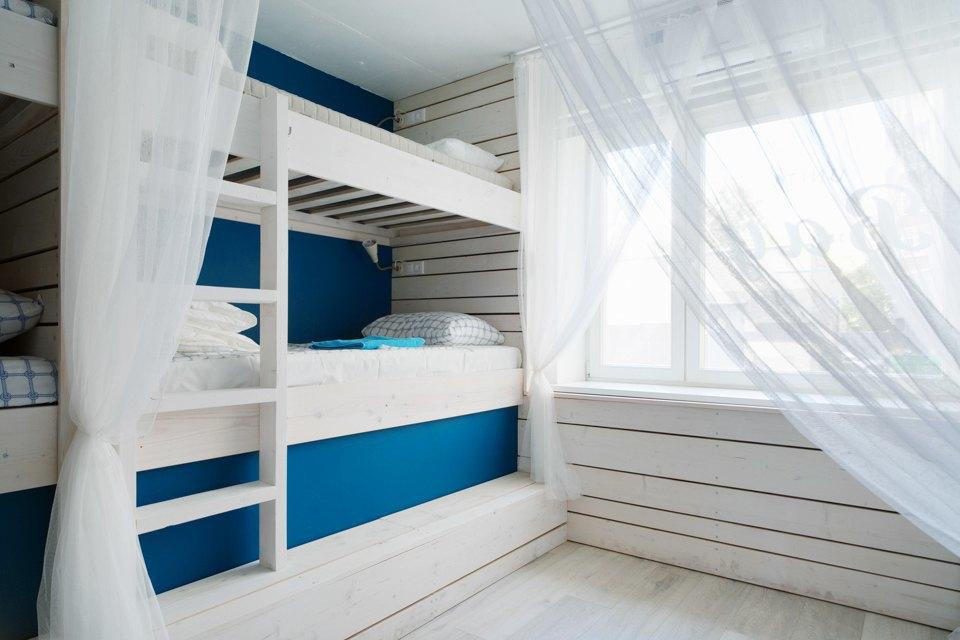 Хостел на«Белорусской» сномерами-каютами идвухэтажной двуспальной кроватью. Изображение № 10.
