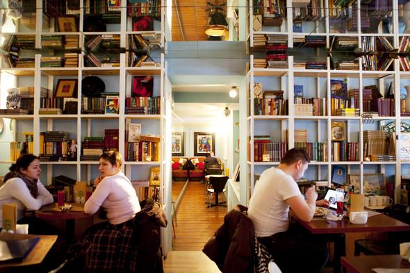После прочтения съесть: 5 кафе при магазинах. Изображение № 17.
