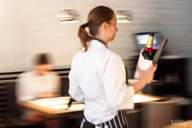 Эксперимент: Сколько проходят официанты за смену. Изображение № 8.