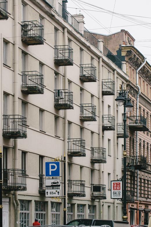 Как живётся всамых необычных домах Москвы иПетербурга. Изображение № 4.