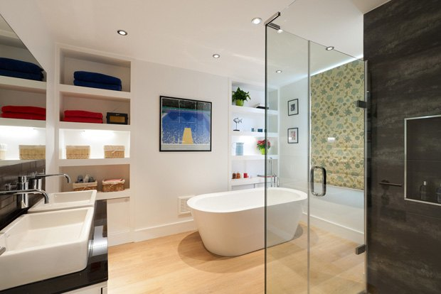 Как обустроить большую ванную комнату. Изображение № 1.