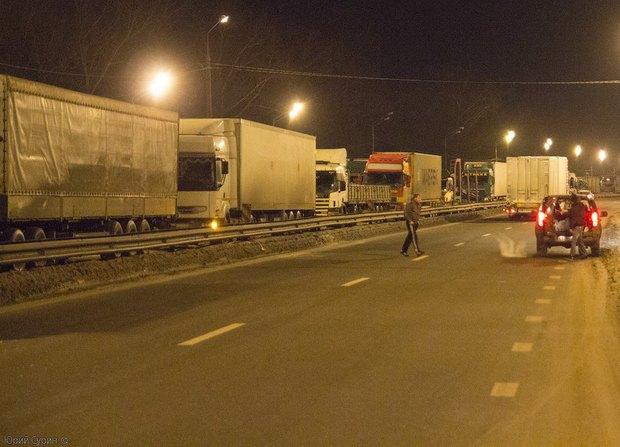 На трассе М-10 Москва — Петербург запустят систему «умная дорога». Изображение № 4.