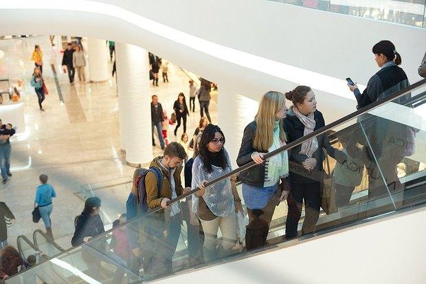 Испанский немецкий: Места для покупок. Изображение № 38.
