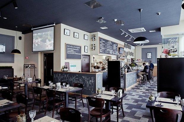 Кафе Teacupcake наАрбате, бургерная TrueBurgers наБауманской итринадцатый стейк-хаус Goodman . Изображение № 6.