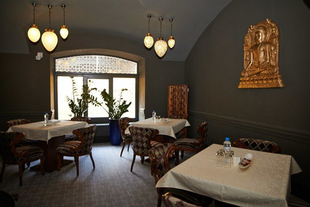 НаМалой Конюшенной открылся индийский ресторан Namaste. Изображение № 2.