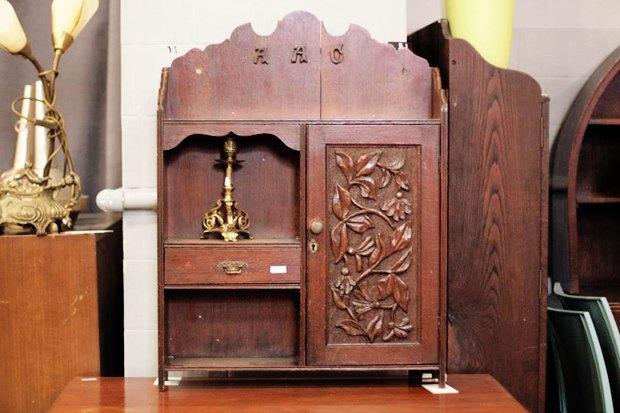 Где покупать винтажную мебель в Москве. Изображение № 4.