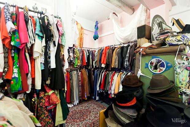 Гид по секонд-хендам и винтажным магазинам: 11 мест в Петербурге. Изображение № 2.