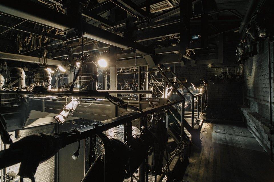 «Студия театрального искусства» вздании бывшей фабрики. Изображение № 29.