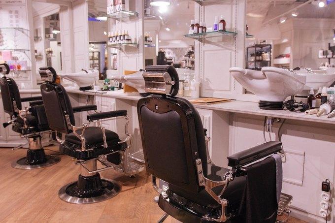 В магазине Cosmotheca в торговом центре «Новинский» открылась парикмахерская. Изображение № 2.