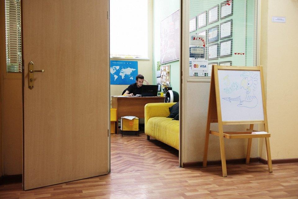 Jey Study: Как студенты МГИМО отправляют россиян учиться в английские школы. Изображение № 8.