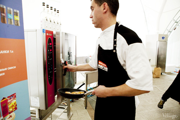 Omnivore Food Festival: Андрей Рывкин готовит карри из петуха на монастырском квасе. Изображение № 26.