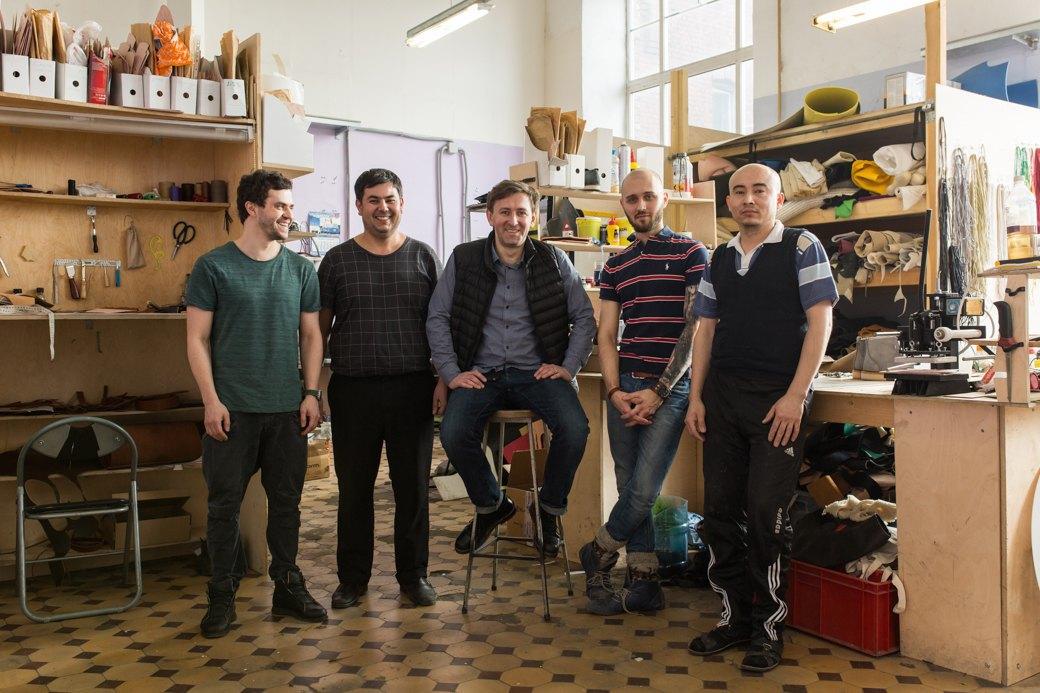 «Пришёл запрос от стилистов Леди Гаги»: Кто икак делает обувь вПетербурге. Изображение № 28.
