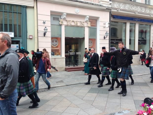 Шотландцы наНикольской улице. Изображение № 3.