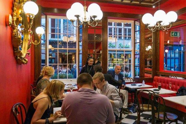 Фото: Jean-Jacques Brasserie & Wine Bar. Изображение № 1.