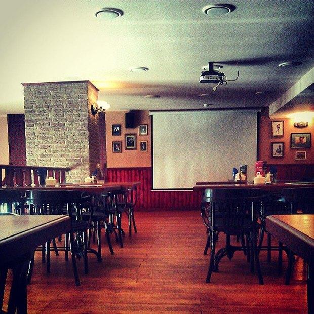 Владельцы сети пабов Mollie's открыли бар Fish&Chips . Изображение № 1.