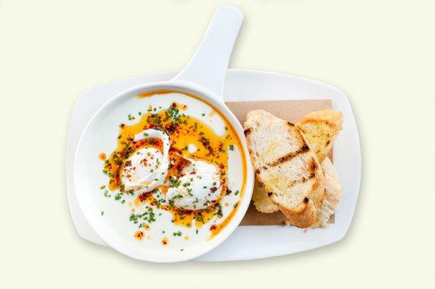 Завтраки дома:  Яйца по-турецки ияйца бенедикт изSaxon+Parole. Изображение № 2.