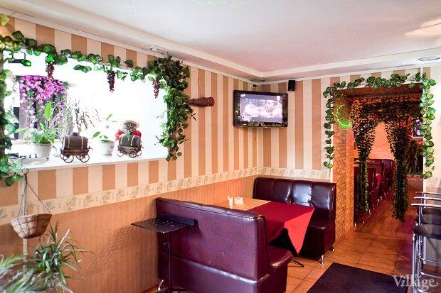 Все свои: Грузинский кафе-бар наКадетской. Изображение № 10.