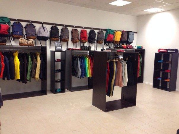 ВПетербурге открылся магазин российской марки CodeRed. Изображение № 1.