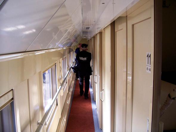 Второй этаж поезда РЖД. Изображение № 11.