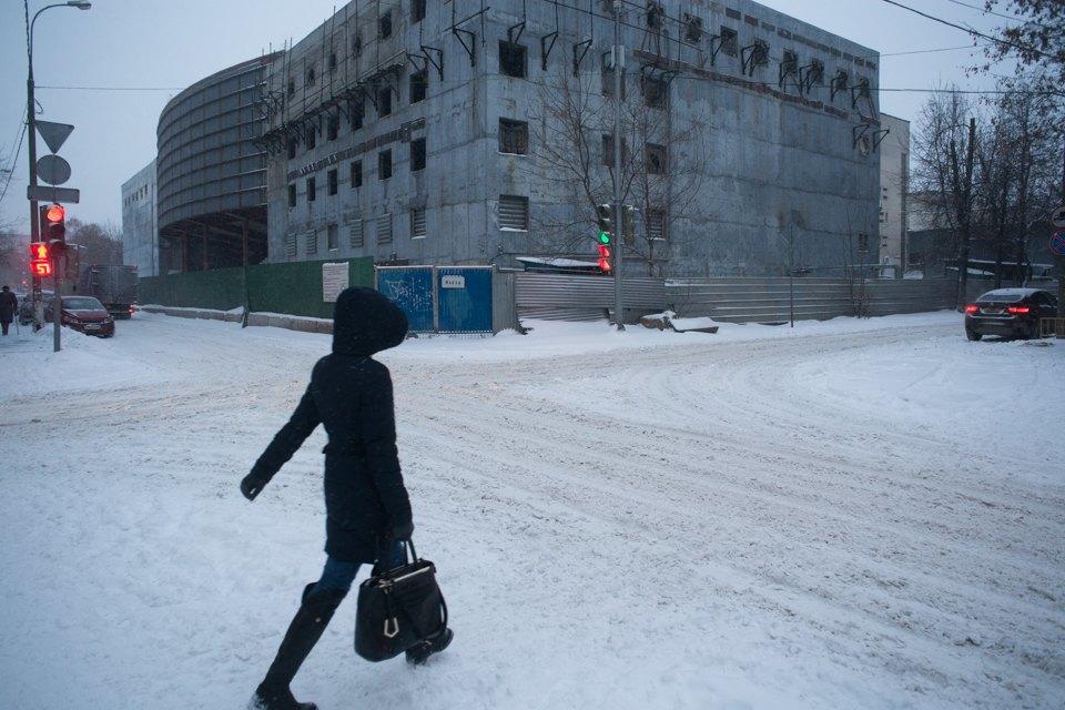 Как Москва справляется снеожиданным декабрьским снегом. Изображение № 2.