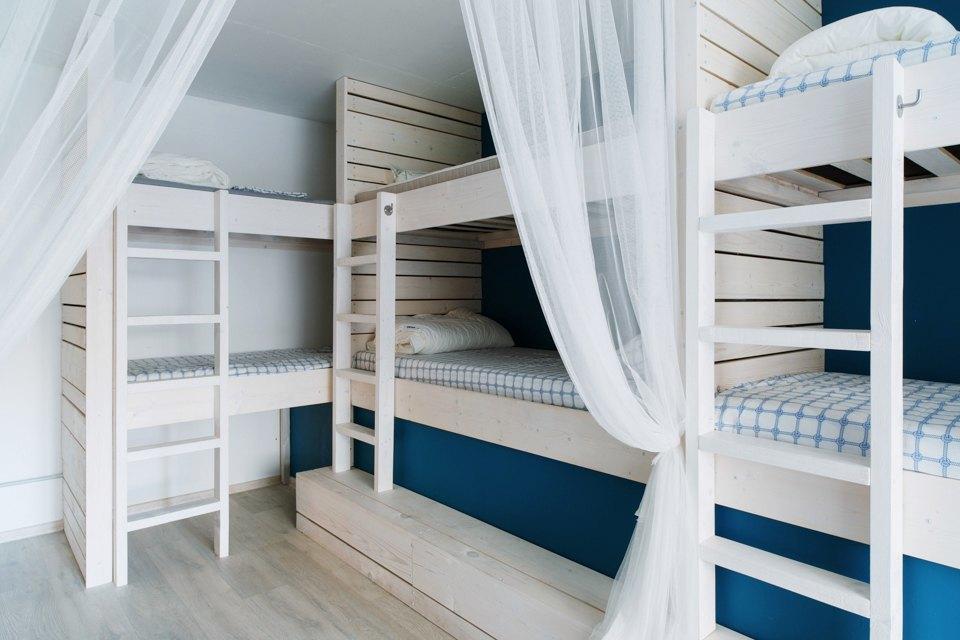 Хостел на«Белорусской» сномерами-каютами идвухэтажной двуспальной кроватью. Изображение № 11.