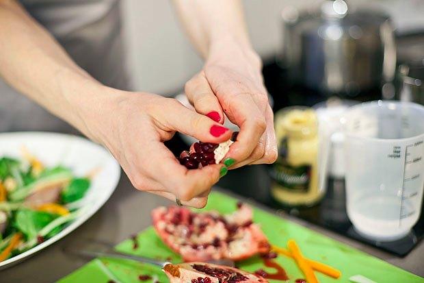 Шеф дома: Ростбиф-салат и тыквенная каша Мириам Сехон. Изображение № 62.