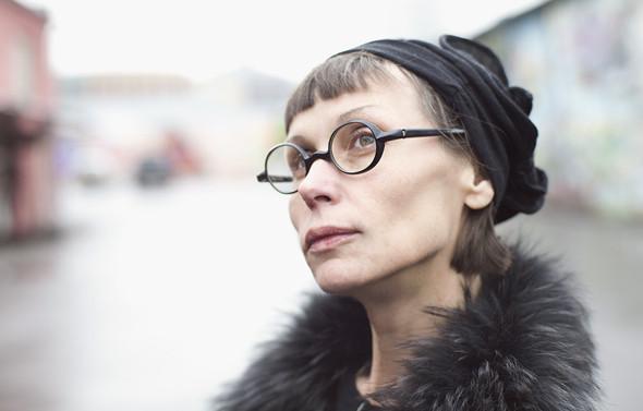 Внешний вид: Ирина Меглинская, галерист и преподаватель. Изображение № 7.