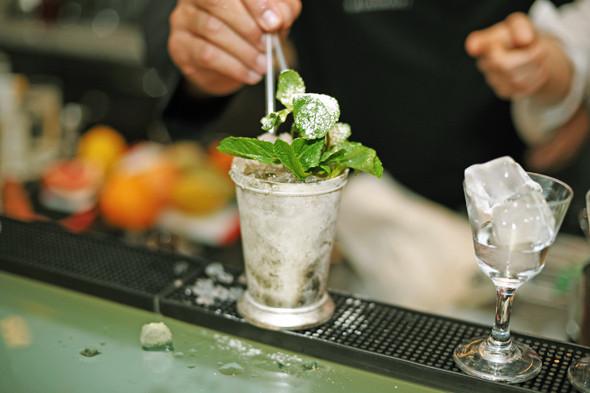 Прямая речь: Шеф-бармен Тони Абу-Ганим — о правильной водке, миксологии и коктейле бармена. Изображение № 12.