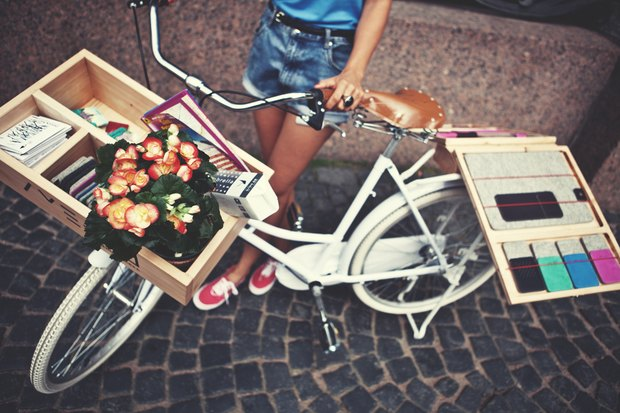 В городе заработала велолавка с сувенирами и туристическими картами. Изображение № 2.