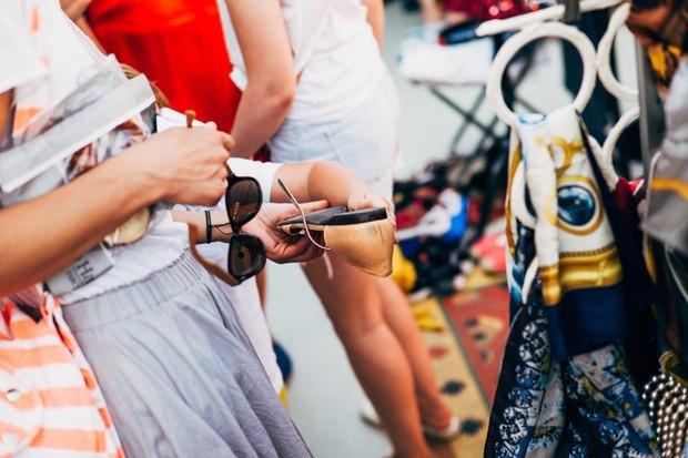 Как продать ненужную одежду и хорошо провести время. Изображение № 9.