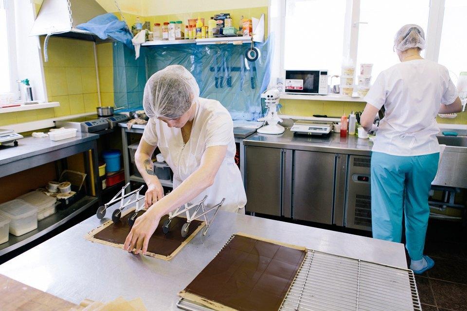 Как менеджеры делают десерты для ресторанов. Изображение № 2.