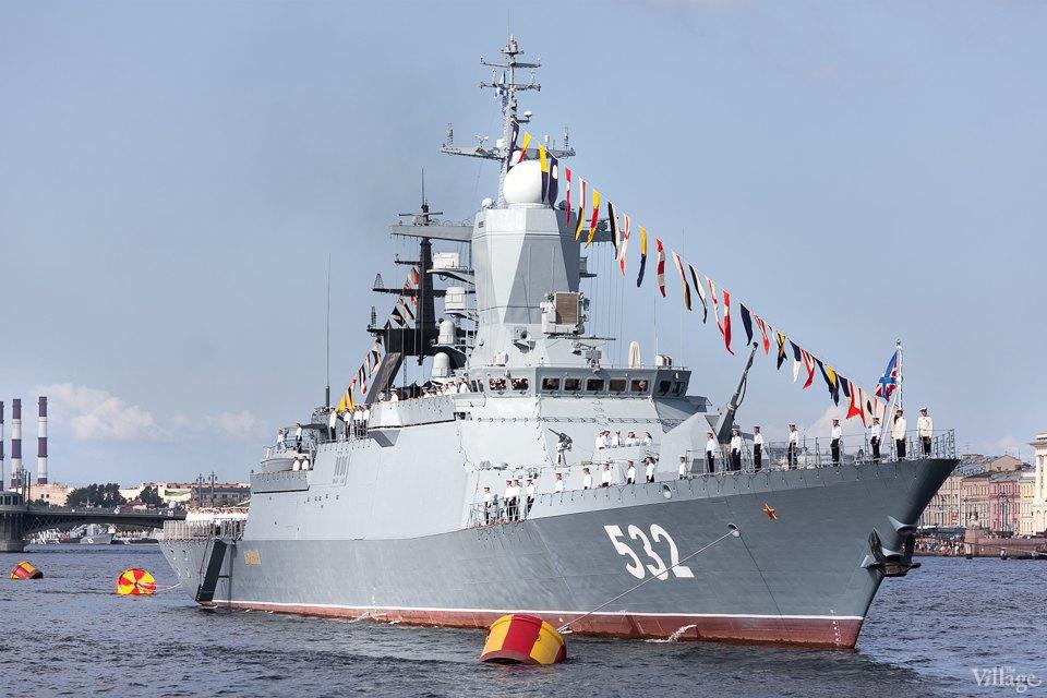 Фоторепортаж: День Военно-Морского флота вПетербурге. Изображение № 2.