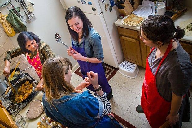 Как мигранты учат жителей Нью-Йорка готовить . Изображение № 12.
