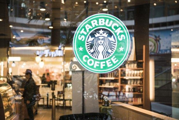 Говард Шульц стремится к тому, чтобы запах еды в его заведениях не перебивал аромат кофе. Изображение № 2.