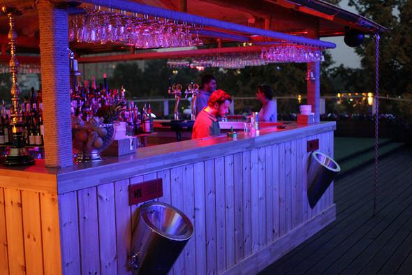 Изображение 17. На «Красном Октябре» открылся бар-ресторан Gipsy.. Изображение № 17.