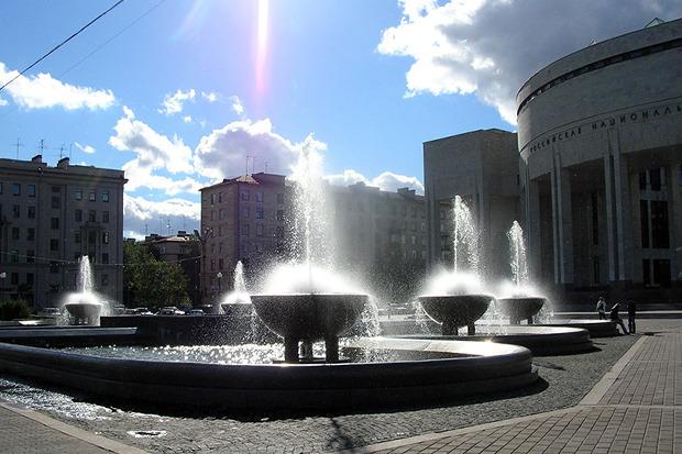 Фонтанный комплекс у Российской национальной библиотеки. Изображение № 7.