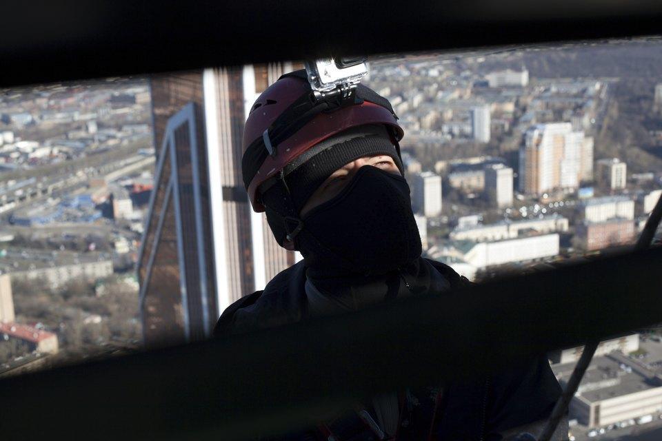 Как моют окна насмотровой площадке «Москва-Сити». Изображение № 6.