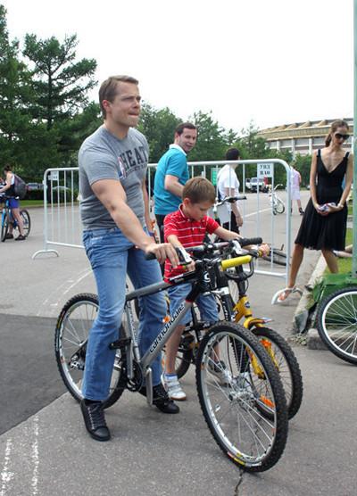 Велопарад Let's bike it!: Чего не хватает велосипедистам в городе. Изображение № 28.