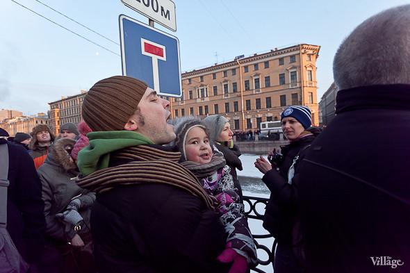 Фоторепортаж: Митинг 5 марта на Исаакиевской площади. Изображение № 11.