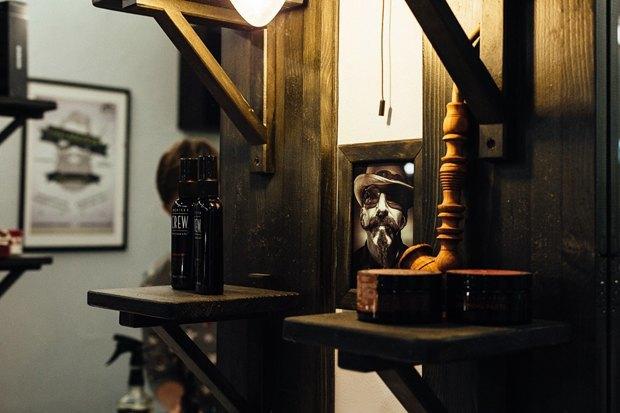 На «Московской» заработала мужская парикмахерская Britva. Изображение № 4.