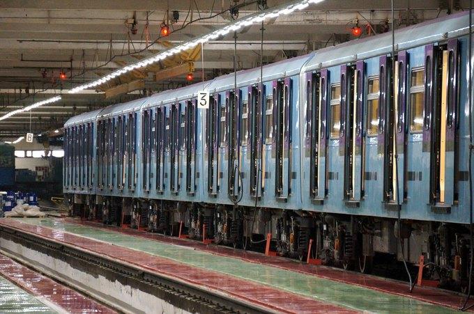 В метро запустили первый поезд сосквозным проходом между вагонами. Изображение № 4.