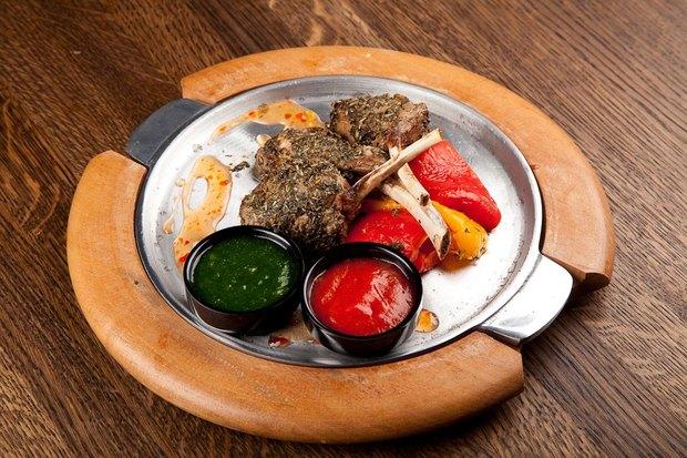 Владельцы Solnce Bar открыли ресторан «География» на Рубинштейна. Изображение № 5.