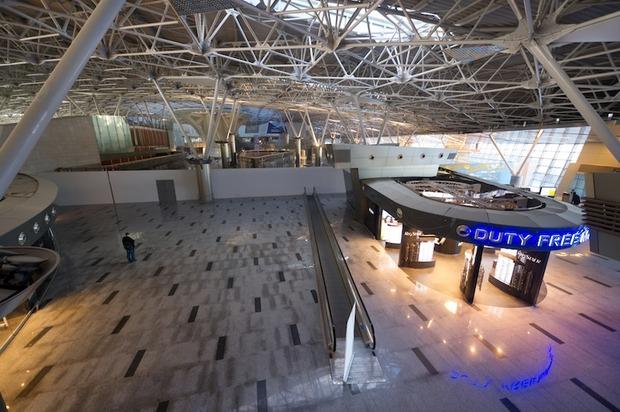 Во Внукове открылась вторая очередь нового терминала. Изображение № 4.
