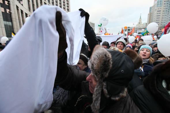 Митинг «За честные выборы» на проспекте Сахарова: Фоторепортаж, пожелания москвичей и соцопрос. Изображение № 59.